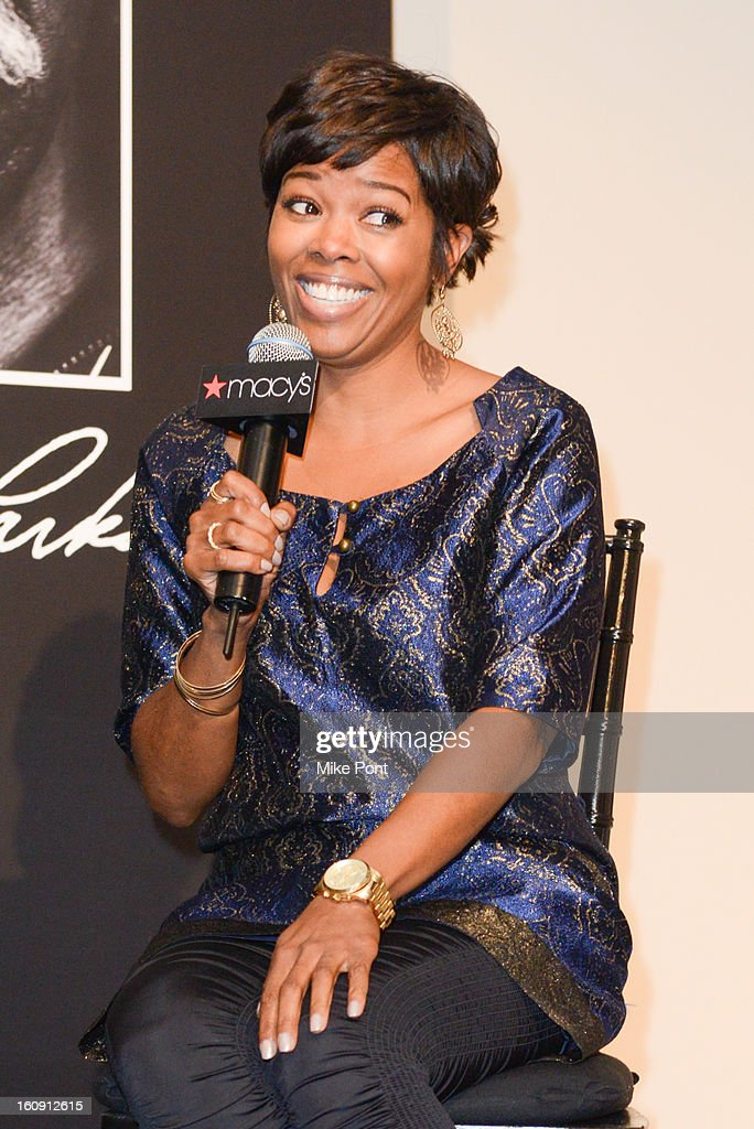 <a gi-track='captionPersonalityLinkClicked' href=/galleries/search?phrase=Malinda+Williams&family=editorial&specificpeople=206346 ng-click='$event.stopPropagation()'>Malinda Williams</a> attends Macy's hosts 'In Conversation' honoring Gordon Parks at Macy's Herald Square on February 7, 2013 in New York City.