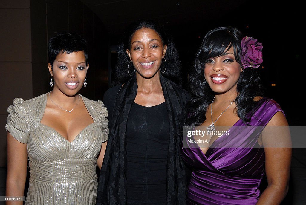 Malinda Williams Robi Reed and Niecy Nash during 'The Bible ExperienceLive' at West Angeles Church November 15 2006 at West Angeles Church in Los...