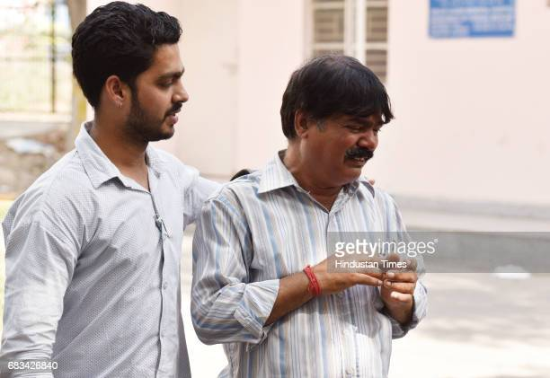 Malkhan Singh grieves over death of his daughter Ritu Singh in car accident on May 15 2017 in New Delhi India Three college students were killed and...