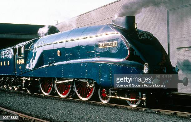 Mallard' 462 steam locomotive no 4468 1938 This class A4 locomotive was designed by Nigel Gresley the chief mechanical engineer for the London North...