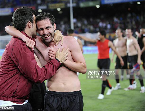 Mallorca players celebrate their 32 victory against Barcelona after their Spanish League football match on May 11 2008 at Camp Nou stadium in...