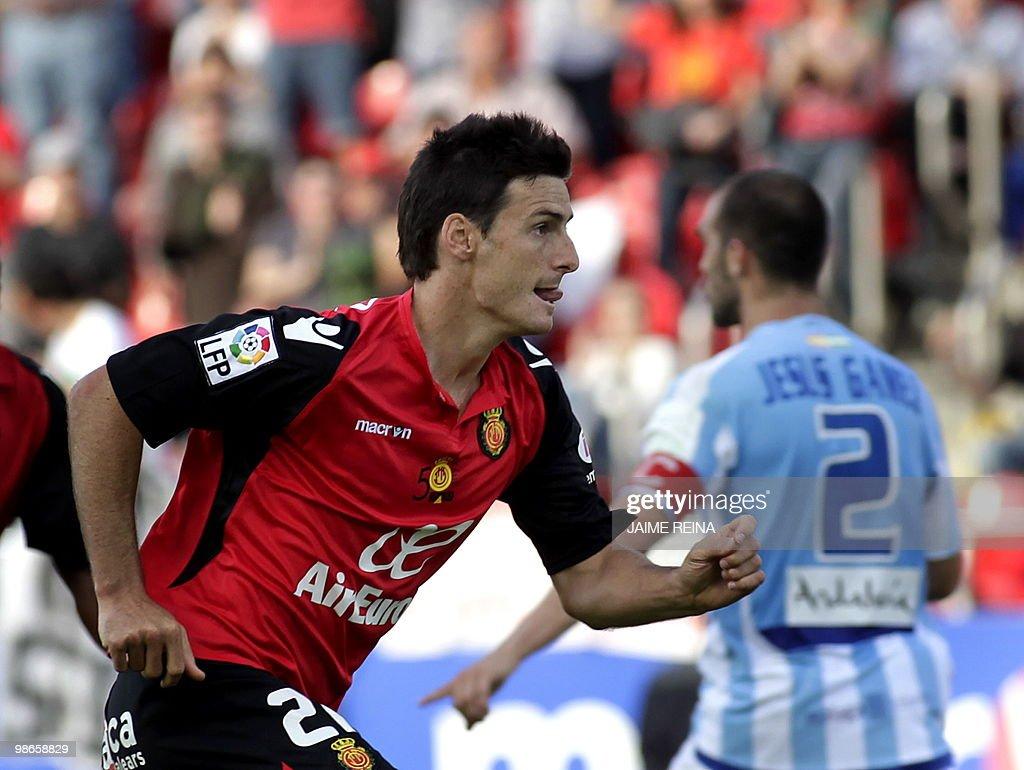Mallorca s forward Aritz Aduriz celebrat