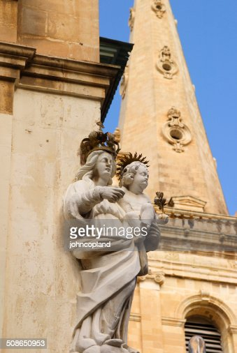 Malta, La Valletta, Statue of the Virgin Mary. : Stock Photo