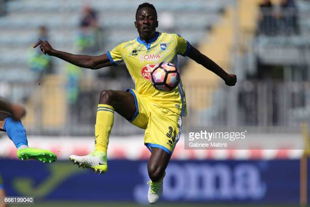 Mamadou Coulibaly of Pescara Calcio in action during the Serie A match between Empoli FC and Pescara Calcio at Stadio Carlo Castellani on April 8...