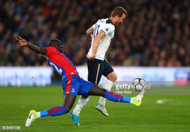 Mamadou Sakho of Crystal Palace and Harry Kane of Tottenham Hotspur in action during the Premier League match between Crystal Palace and Tottenham...