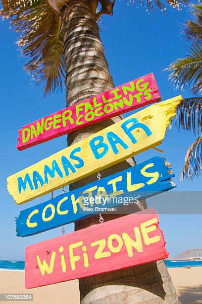 Mama's Bar Sign