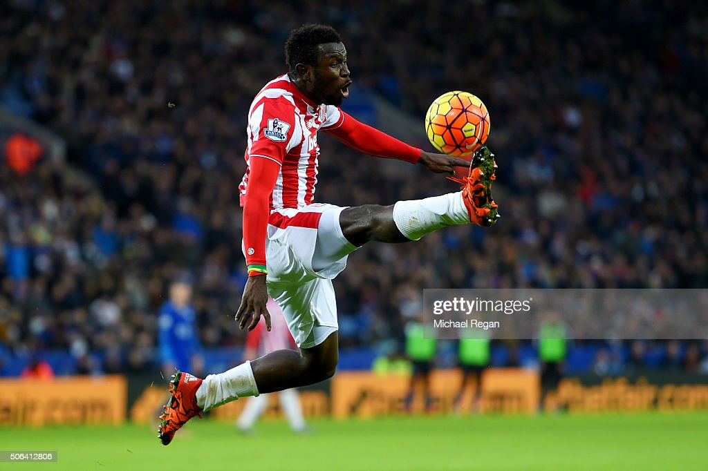 <a gi-track='captionPersonalityLinkClicked' href=/galleries/search?phrase=Mame+Biram+Diouf&family=editorial&specificpeople=8255767 ng-click='$event.stopPropagation()'>Mame Biram Diouf</a> of Stoke City controls the ball during the Barclays Premier League match between Leicester City and Stoke City at The King Power Stadium on January 23, 2016 in Leicester, England.