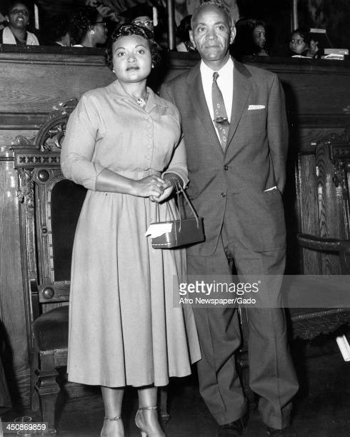 Mamie Bradley mother of lynched teenager Emmett Till stands with her father in court 1955