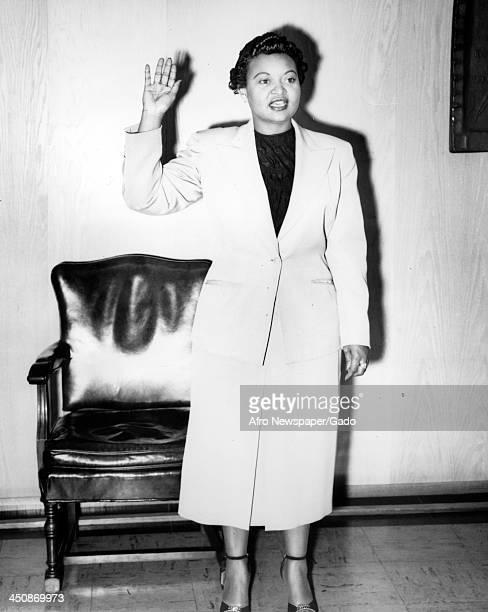 Mamie Bradley mother of lynched teenager Emmett Till swears an oath in court 1955