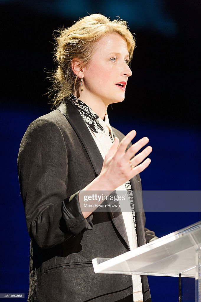 Mamie Gummer attends the 5th Annual Women In The World Summit at David H. Koch Theater, Lincoln Center on April 3, 2014 in New York City.