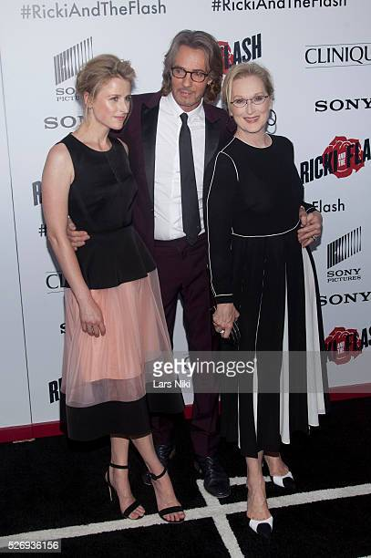 Mamie Gummer Rick Springfield and Meryl Streep attend the 'Ricki and the Flash' world premiere in New York City �� LAN