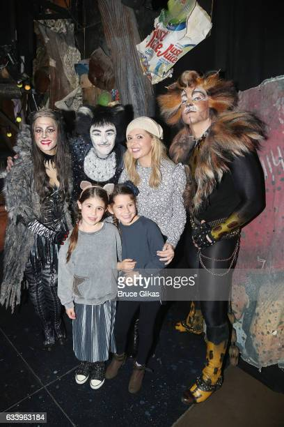 Mamie Parris as 'Grizabella' Ricky Ubeda as 'Mr Mistoffeles' Charlotte Grace Prinze mother Sarah Michelle Gellar family friend of Grace and Tyler...