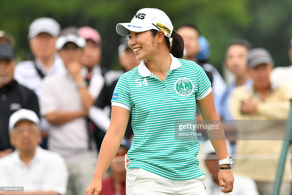 Mamiko Higa of Japan smails during the first round of the Resorttrust Ladies at the Grandee Naruto Golf Club XIV on May 27 2016 in Naruto Japan