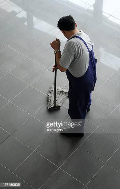 Homme Nettoyage du sol