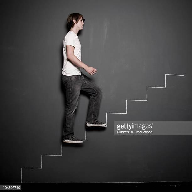 Mann Klettern Kreide Treppe