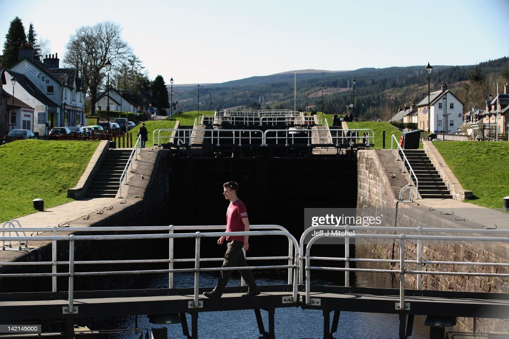Fort Augustus United Kingdom  city photos gallery : ... man crosses a lock on March 30, 2012 in Fort Augustus, United Kingdom