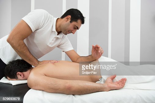 Dude Gets Wonderful Oiled Massage