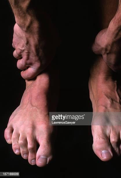 Uomo mani a piedi