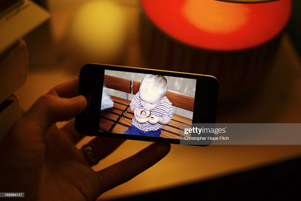 Man holding smartphone : Stock Photo