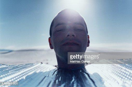 Facial sun relectors