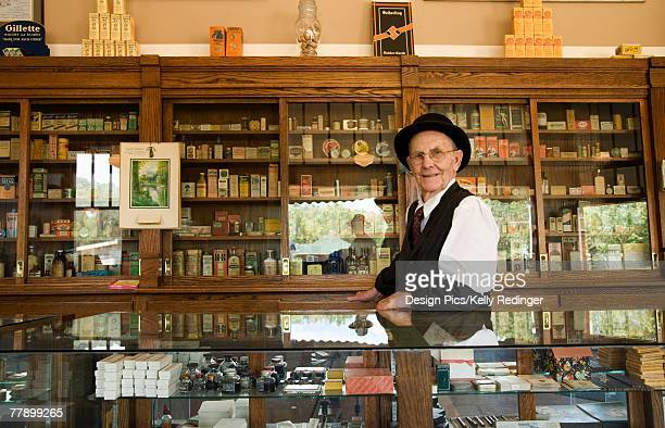 'Man, in, an, old, fashioned, pharmacy'