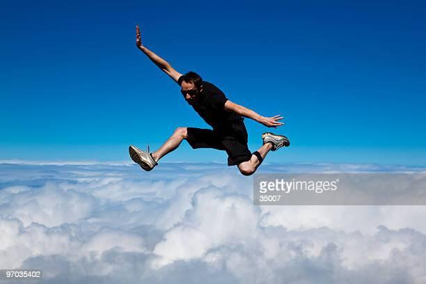 in den Himmel springen