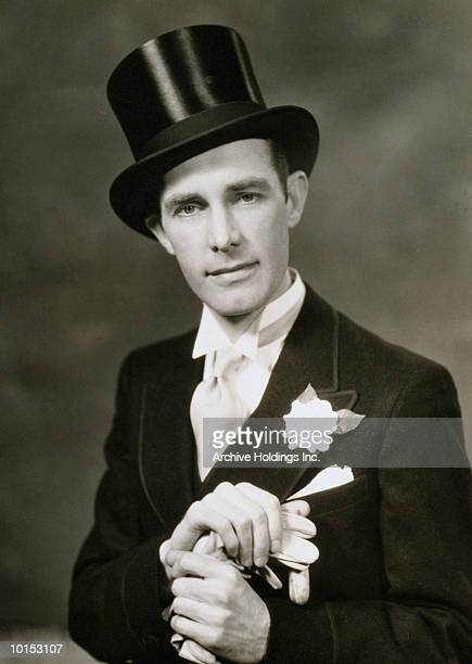 Man in top hat and tuxedo, 1935