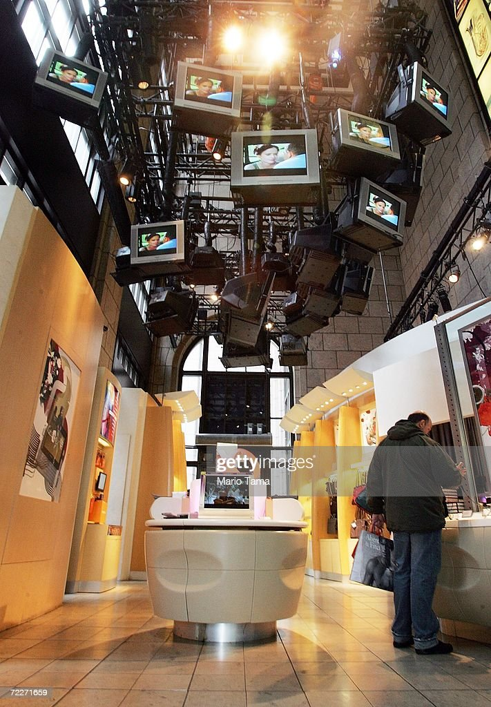 A man looks at products inside the Sony store October 26, 2006 in New York City. Sony announced that its third quarter profits dropped 94 percent following a global battery recall.