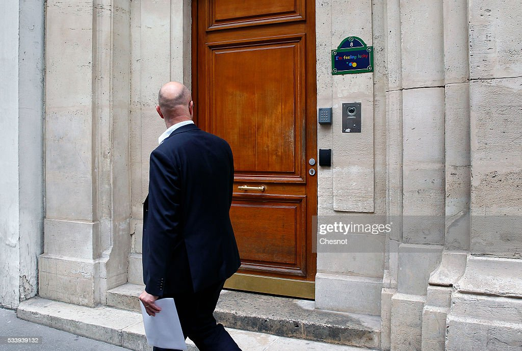 A man looks at the entrance of the Google's Paris headquarters on May 24, 2016 in Paris, France. Google's headquarters in Paris were raided by French investigators on Tuesday morning as part of an investigation over alleged tax fraud. Ministry of Finance is seeking 1.6 billion euros ($1.79 billion) in back taxes from the U.S. Internet giant Google.