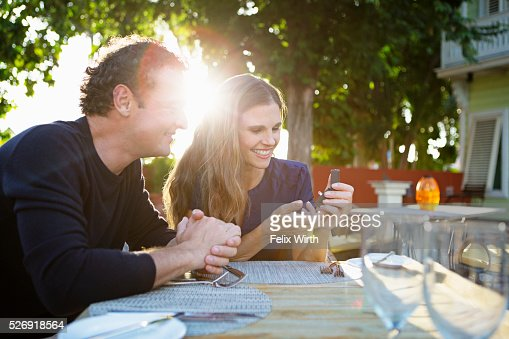 Man proposing to woman : Stock Photo