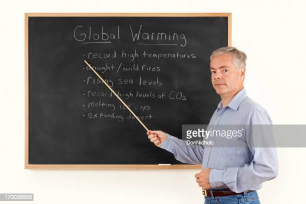 Mann spricht über globale Erwärmung