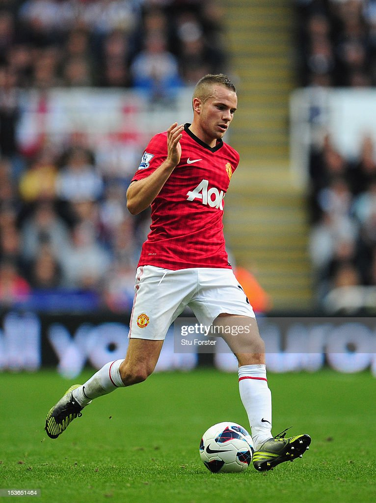 Man United player <a gi-track='captionPersonalityLinkClicked' href=/galleries/search?phrase=Tom+Cleverley+-+Soccer+Player&family=editorial&specificpeople=4192565 ng-click='$event.stopPropagation()'>Tom Cleverley</a> in action during the Barclays Premier league game between Newcastle United and Manchester United at Sports Direct Arena on October 7, 2012 in Newcastle upon Tyne, England.
