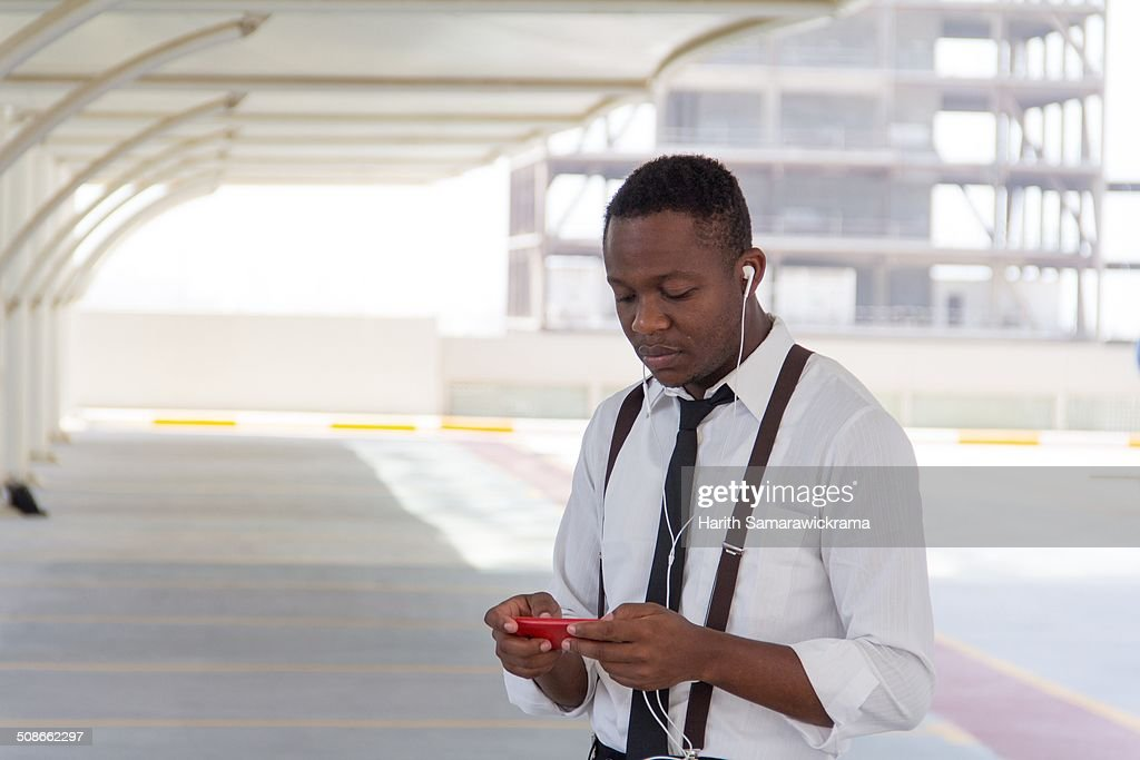 A man using a phablet