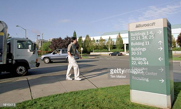 A man walks on the Microsoft campus August 24 2001 in Redmond Washington Microsoft''s new operating system Windows XP is scheduled for widespread...
