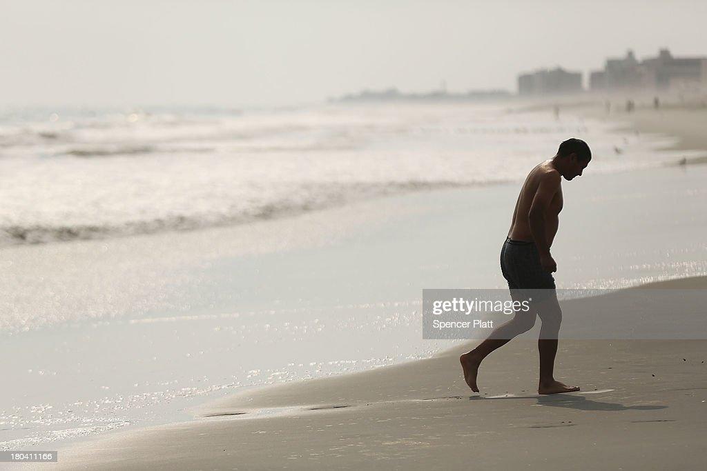 single men in rockaway beach Single rockaway beach crossdressers interested in crossdresser dating looking for rockaway beach crossdressers search through the newest members below to find your perfect partner.