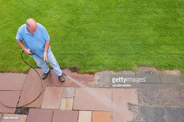 Mann Waschen Patio Slabs