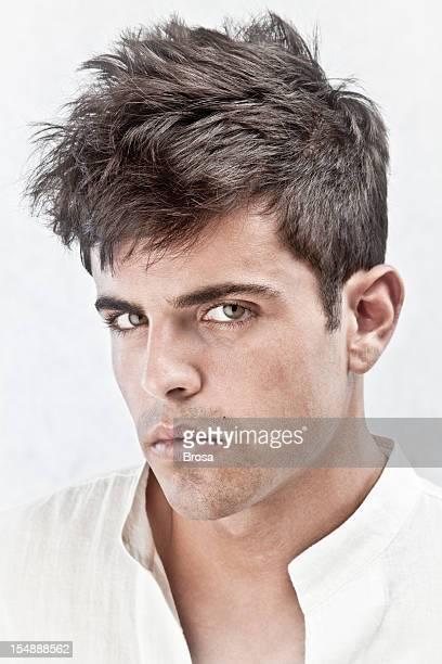 Uomo con hairtyle
