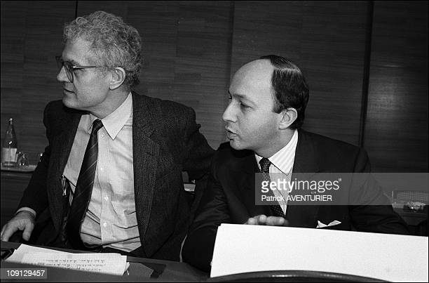 Management Committee Of The Socialist Party On February 12 1986 In France Nb 240754 Lionel Jospin And Laurent Fabius