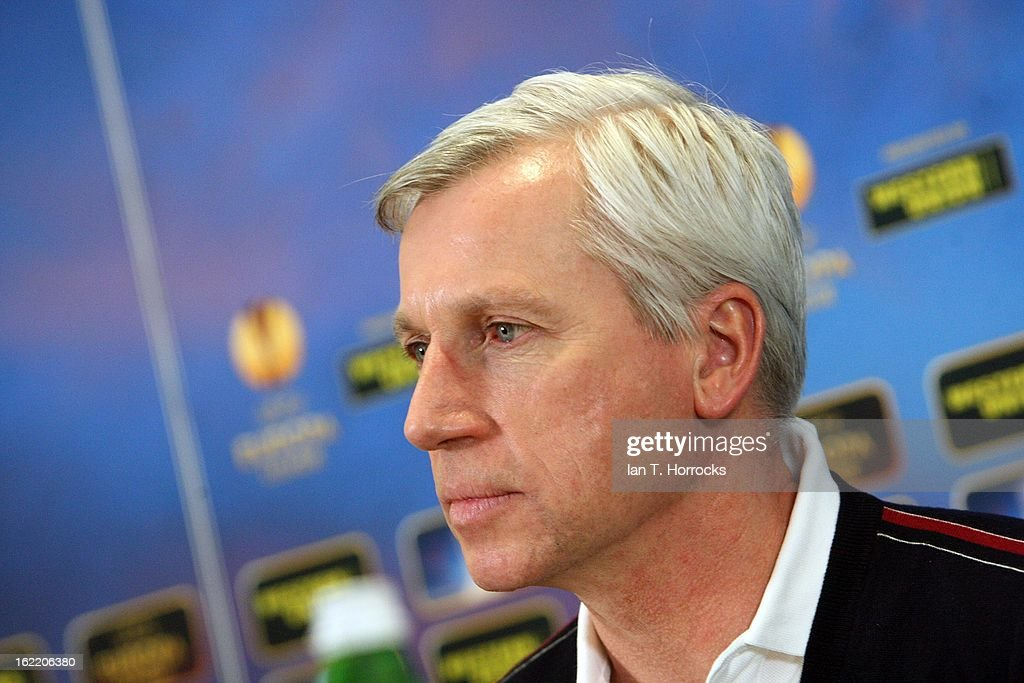 Manager <a gi-track='captionPersonalityLinkClicked' href=/galleries/search?phrase=Alan+Pardew&family=editorial&specificpeople=171147 ng-click='$event.stopPropagation()'>Alan Pardew</a> of Newcastle United FC attends a press conference ahead of their UEFA Europa League round of 32 second leg match against FC Metalist Kharkiv, at Metalist Stadium on February 20, 2013 in Kharkov, Ukraine.