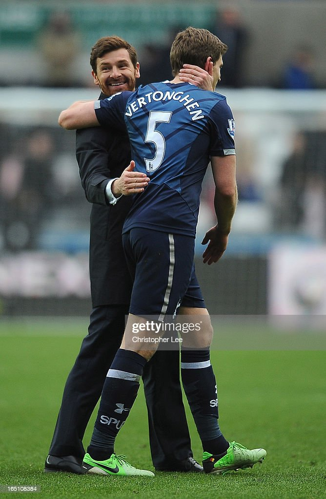 Manager Andre Villas Boas of Spurs celebrates their victory with <a gi-track='captionPersonalityLinkClicked' href=/galleries/search?phrase=Jan+Vertonghen&family=editorial&specificpeople=1360499 ng-click='$event.stopPropagation()'>Jan Vertonghen</a> during the Barclays Premier League match between Swansea City and Tottenham Hotspur at Liberty Stadium on March 30, 2013 in Swansea, Wales.