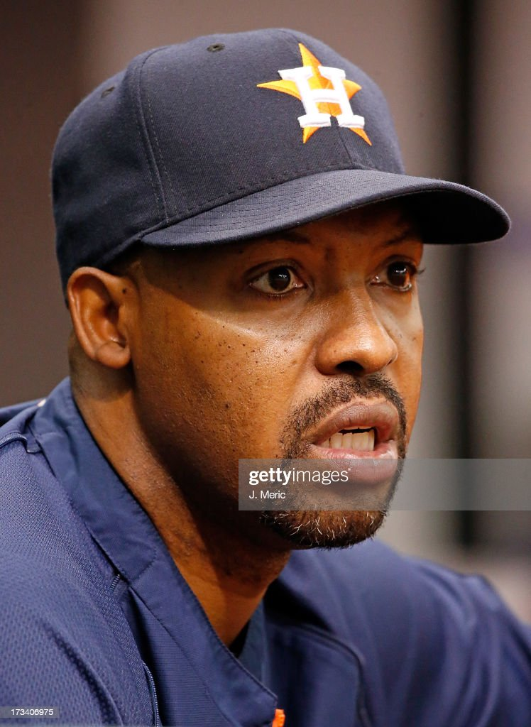 Manager Bo Porter #16 of the Houston Astros directs his team against the Tampa Bay Rays during the game at Tropicana Field on July 13, 2013 in St. Petersburg, Florida.