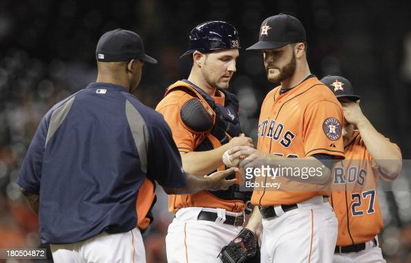 Manager Bo Porter of the Houston Astros takes the ball from pitcher Dallas Keuchel of the Houston Astros in the sixth inning against the Los Angeles...