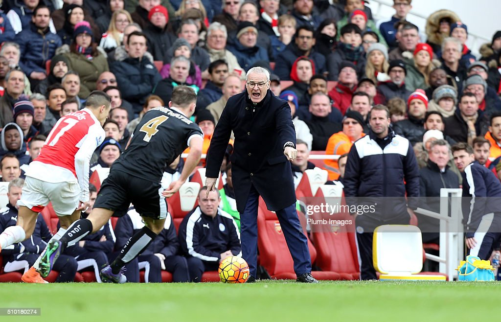 Manager Claudio Ranieri of Leicester City during the Premier League match between Arsenal and Leicester City at Emirates Stadium on February 14, 2016 in London, United Kingdom.