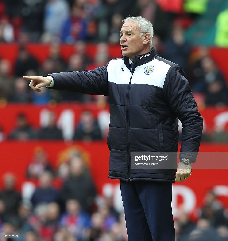 Manager <a gi-track='captionPersonalityLinkClicked' href=/galleries/search?phrase=Claudio+Ranieri&family=editorial&specificpeople=204468 ng-click='$event.stopPropagation()'>Claudio Ranieri</a> of Leicester City shouts instructions from the touchline during the Barclays Premier League match between Manchester United and Leicester City at Old Trafford on May 1, 2016 in Manchester, England.