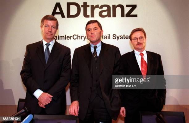 Manager D Vorsitzender der ABB DaimlerBenz Transportation GmbH Daimler Chrysler Rail Systems anlässlich einer Pressekonferenz zu Umstrukturierungen...