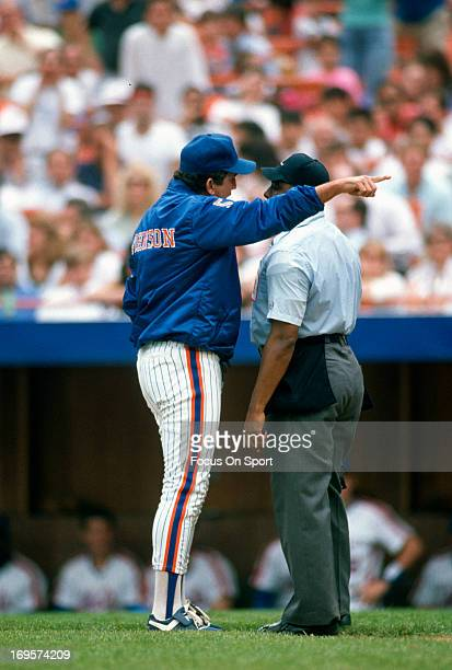 Manager Davey Johnson of New York Mets argues with an umpire during an Major League Baseball game circa 1985 at Shea Stadium in the Queens borough of...