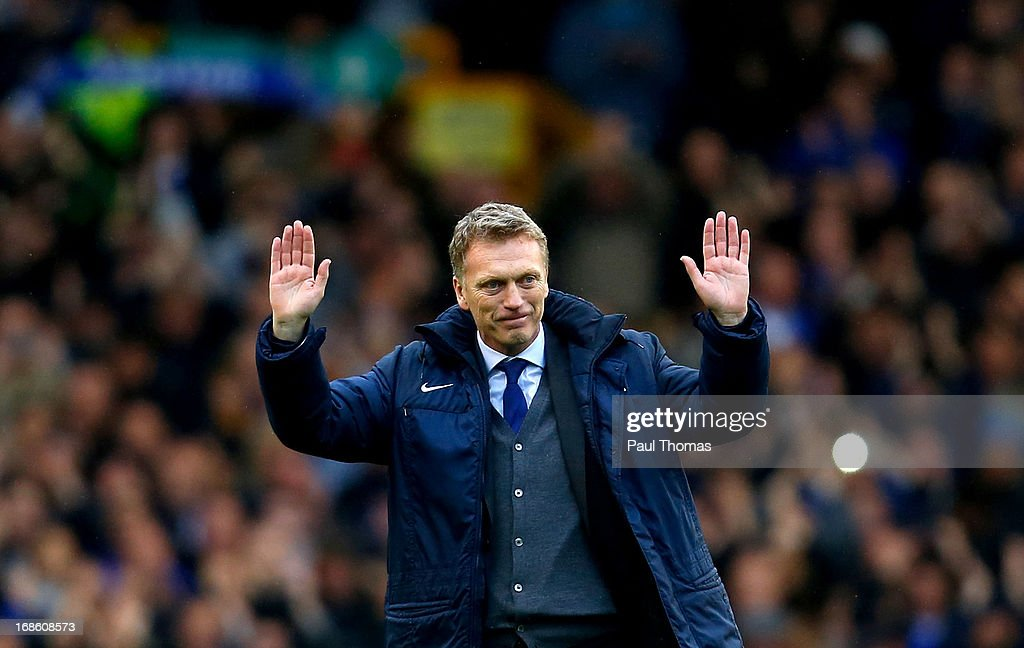Manager <a gi-track='captionPersonalityLinkClicked' href=/galleries/search?phrase=David+Moyes&family=editorial&specificpeople=215482 ng-click='$event.stopPropagation()'>David Moyes</a> of Everton thanks the home fans after the Barclays Premier League match between Everton and West Ham United at Goodison Park on May 12, 2013 in Liverpool, England.