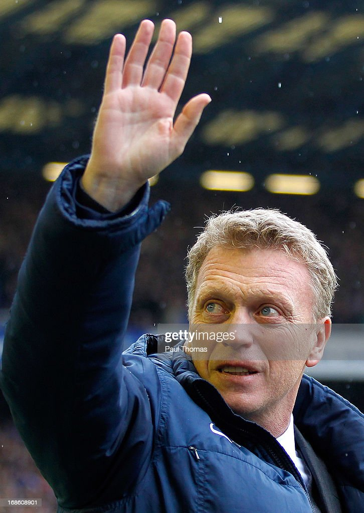 Manager <a gi-track='captionPersonalityLinkClicked' href=/galleries/search?phrase=David+Moyes&family=editorial&specificpeople=215482 ng-click='$event.stopPropagation()'>David Moyes</a> of Everton waves to the home fans before the Barclays Premier League match between Everton and West Ham United at Goodison Park on May 12, 2013 in Liverpool, England.