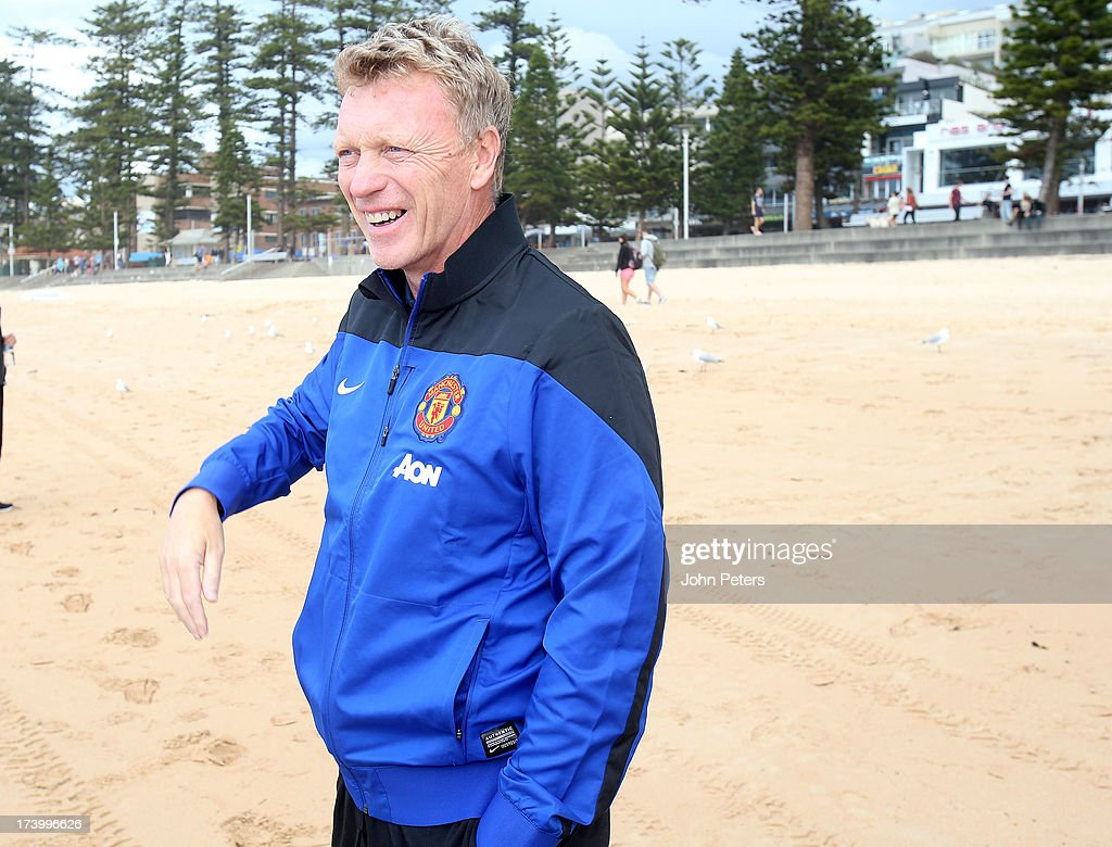 Manager <a gi-track='captionPersonalityLinkClicked' href=/galleries/search?phrase=David+Moyes&family=editorial&specificpeople=215482 ng-click='$event.stopPropagation()'>David Moyes</a> of Manchester United visits Manley Beach as part of their pre-season tour of Bangkok, Australia, China, Japan and Hong Kong on July 19, 2013 in Sydney, Australia.