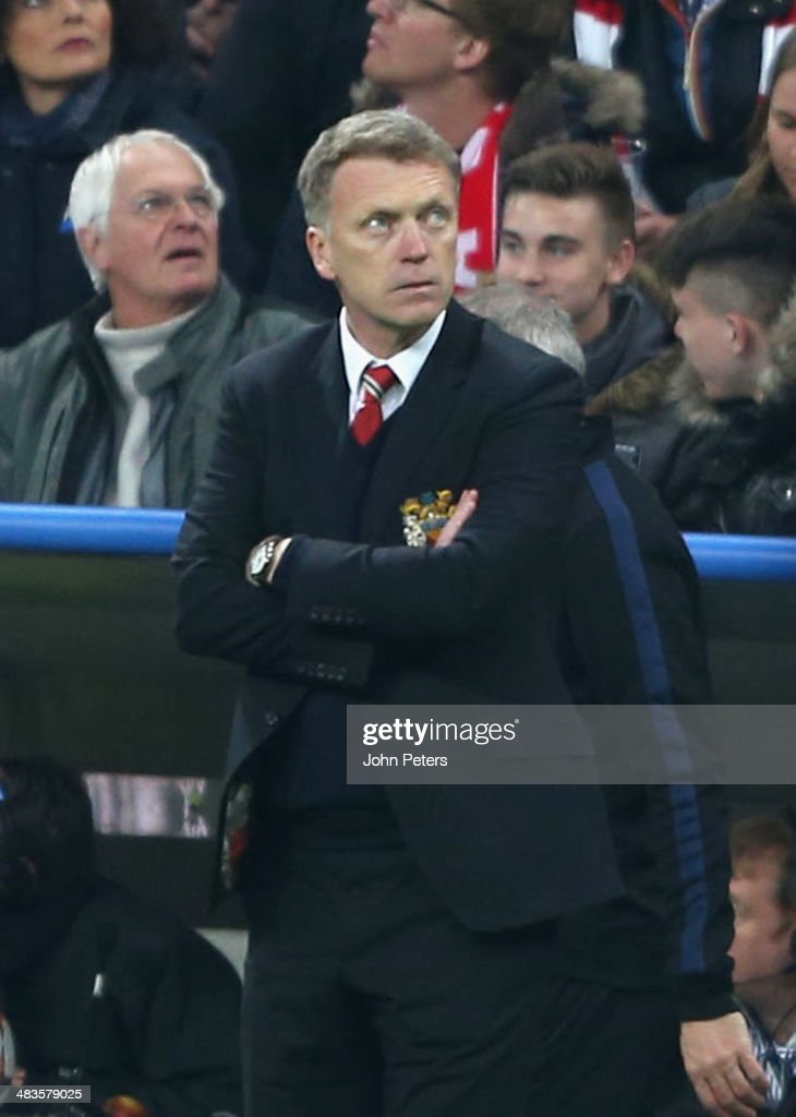 Manager David Moyes of Manchester United watches from the touchline during the UEFA Champions League quarter-final second leg match between Bayern Munich and Manchester United at Allianz Arena on April 9, 2014 in Munich, Germany.